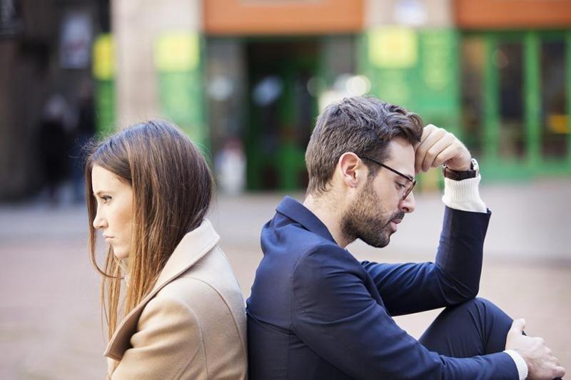 4 zachowania ludzi, którzy są nieszczęśliwi w związku