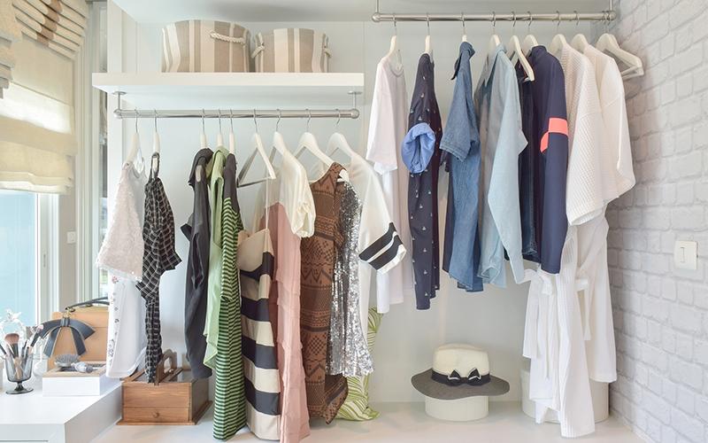 6 prostych sposobów na zorganizowanie szafy