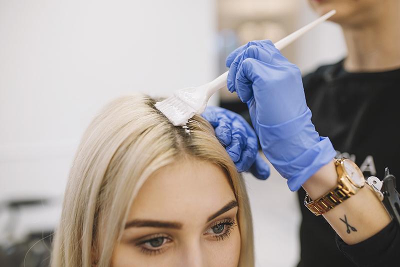 5 najczęściej popełnianych błędów podczas koloryzacji włosów
