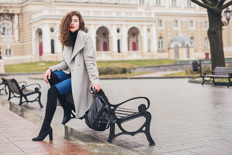 Jak wybrać płaszcz damski na jesień i zimę?