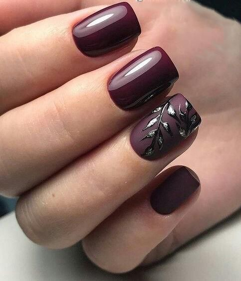 Bordowe kwadratowe paznokcie
