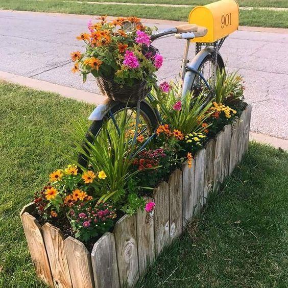 Własnoręcznie wykonany kwietnik ogrodowy